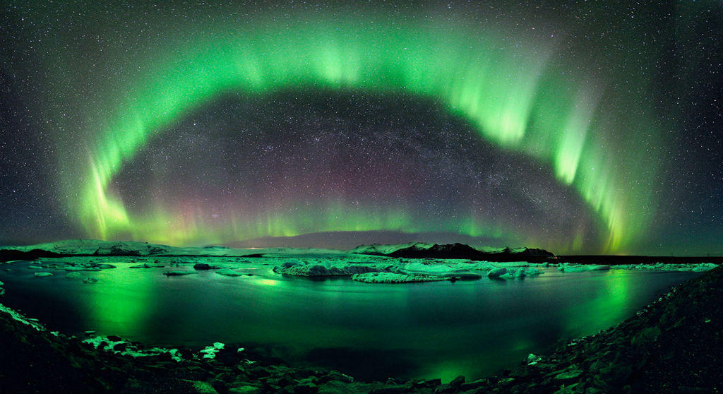 The-northern-lights-Iceland
